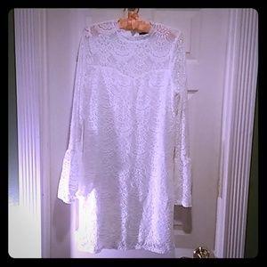 Dee elle white lace mini dress NWOT style#Da4219